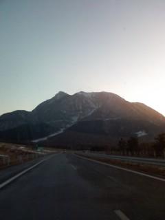 由布岳と雪